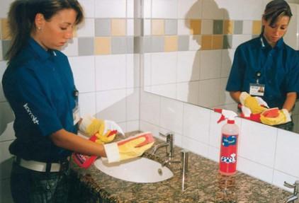 Sanitaerreinigung-Waschbecken-49